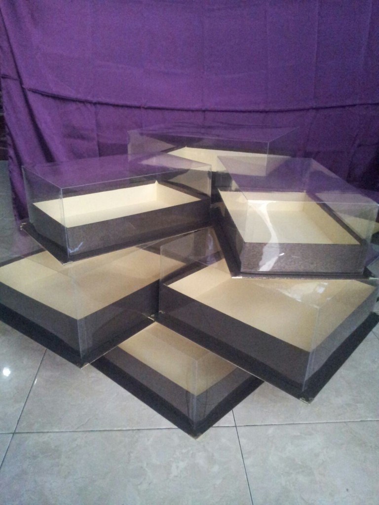 kotak wall mika