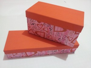 Kotak Kado Motif